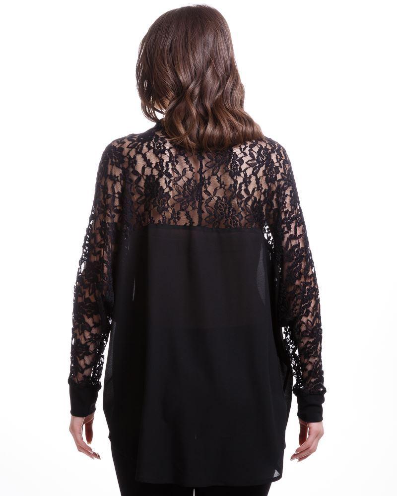 bluse mit rmel aus spitze in schwarz curvyfashion trendy plus size mode aus der schweiz. Black Bedroom Furniture Sets. Home Design Ideas