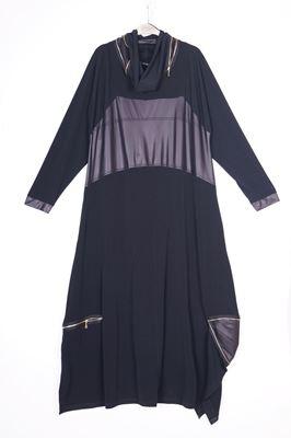 Bild von Kleid mit Kunstleder-Einsätzen