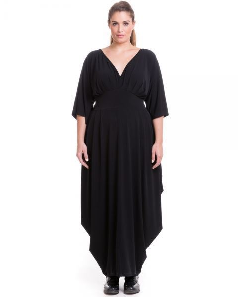 Picture of Maxi pleated dress in black