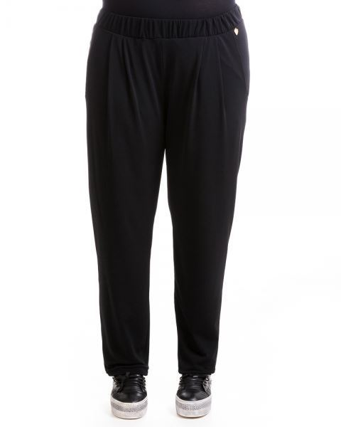 Picture of Crepe-textured tapered pants