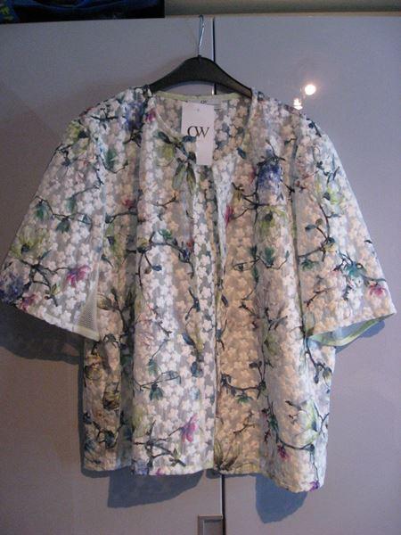 Image de veste à fleurs