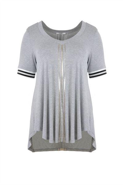 Bild von T-Shirt mit silbernen Streifen