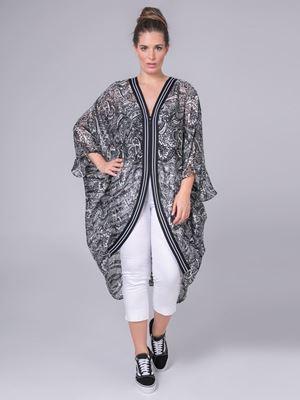 Bild von Kimono in Paisley-Druck